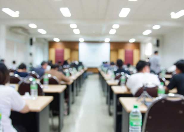 Students inside the advance coverage class